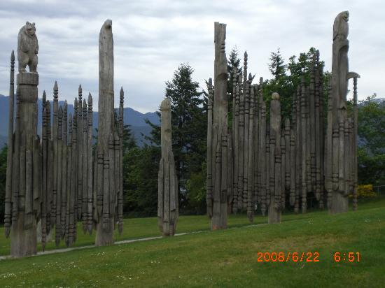 Vancouver, Canada : Totems up Burnaby Mountain looking over the city