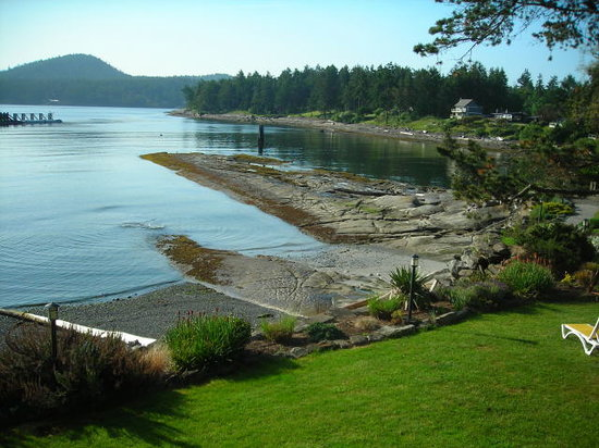 Galiano Oceanfront Inn and Spa: beach front