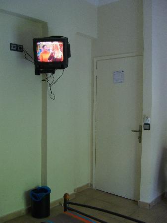 Hotel Brazil Inn: La TV