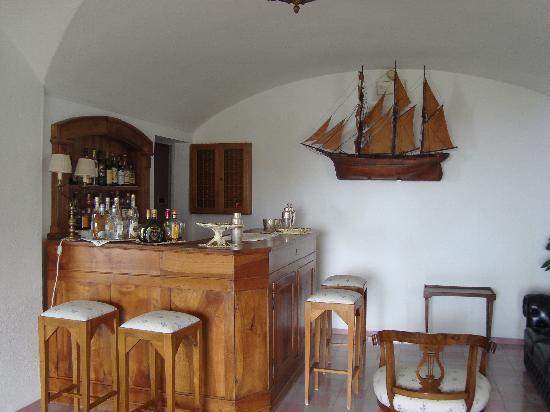 Santavenere Hotel : The bar