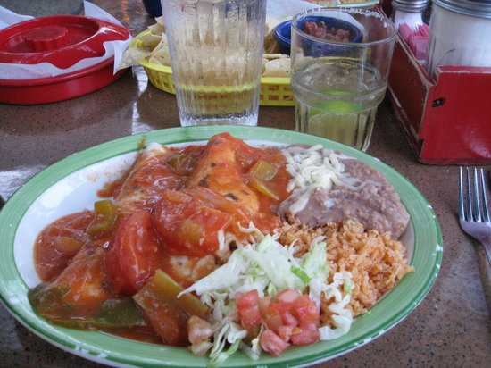 Casa Rio: Soft tacos w/extra Santa Ana sauce