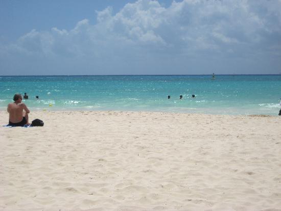 Nina Hotel: Club De Playa Hotel Nina