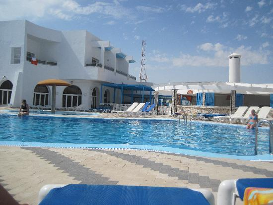 Homere Hotel : vue sur la piscine
