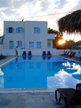 Alexandra Hotel: swimming pool