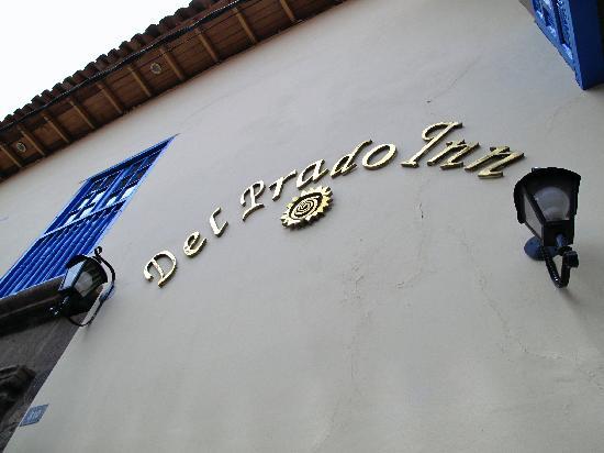 Del Prado Inn: Facade on Calle Suecia