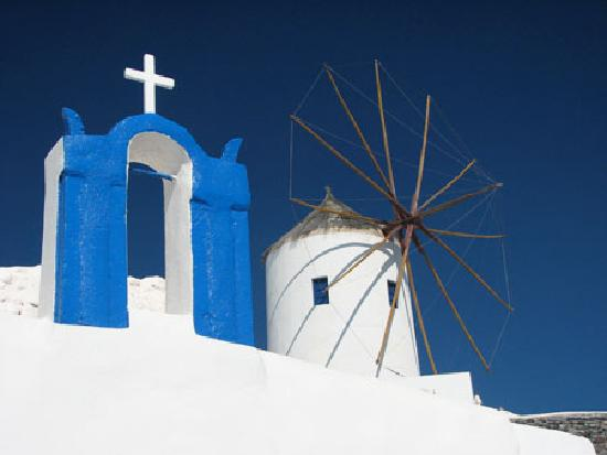 Villa Renos: Windmills