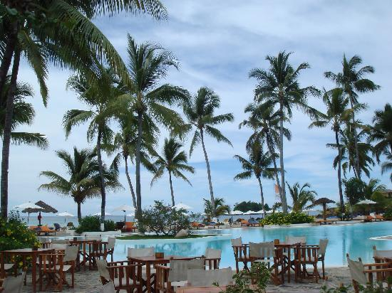 Andilana Beach Resort: Swimming pool