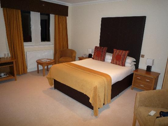 Broadford Hotel: Our room.