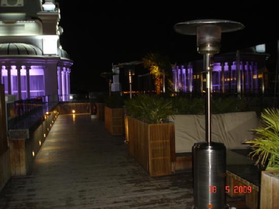 Foto de me madrid reina victoria madrid terraza con for Terrazas nocturnas madrid