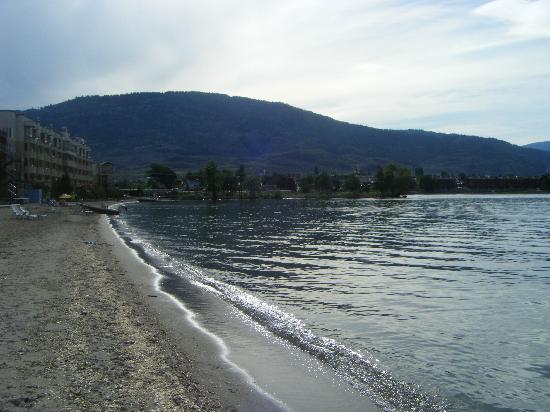 View Of The Beach Picture Of Richter Pass Motor Inn Osoyoos Tripadvisor