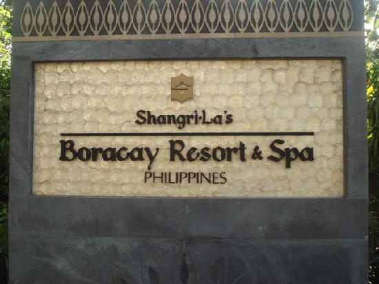 Shangri-La's Boracay Resort & Spa: 入り口付近