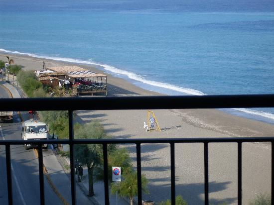 Capo d'Orlando, İtalya: Beach view from hotel balcony