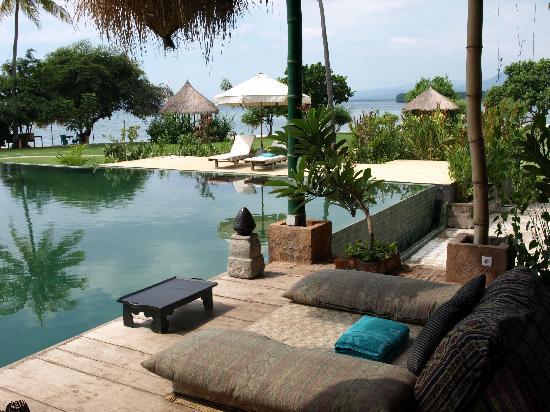 Hotel Tugu Lombok: High tea spot by pool