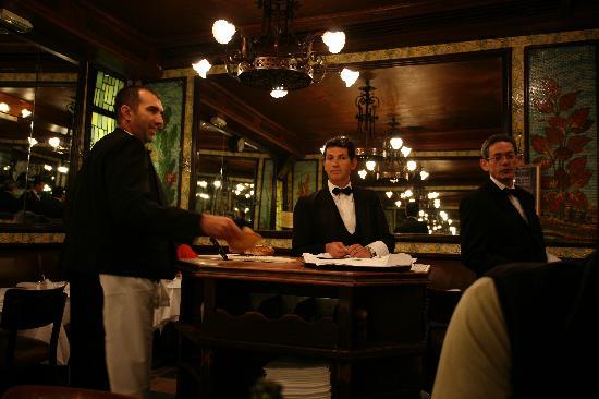 Brasserie Lipp : The waiters at Lipp