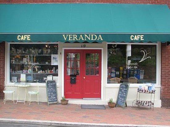 Veranda Cafe & Gifts : YUMMY YUMMY!