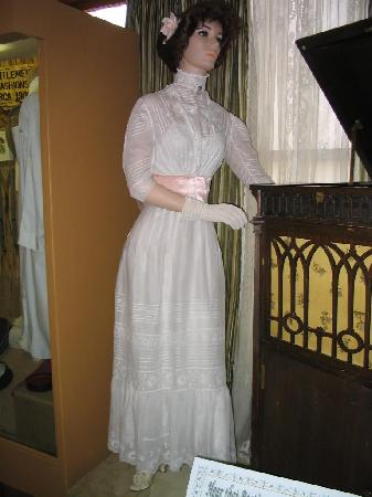 Historical Center for Southeast New Mexico: Victorian white summer gown