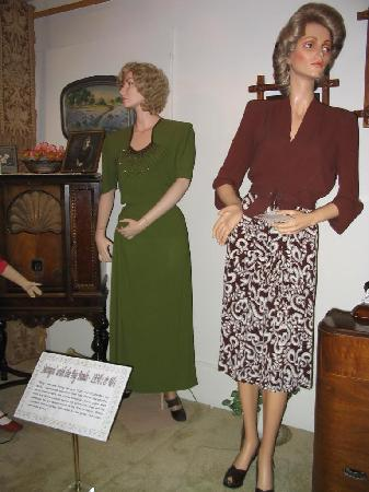 Historical Center for Southeast New Mexico: 1930s-40s garb