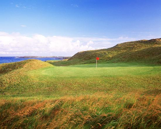 Carne Golf Links: 14th Carne Par 3