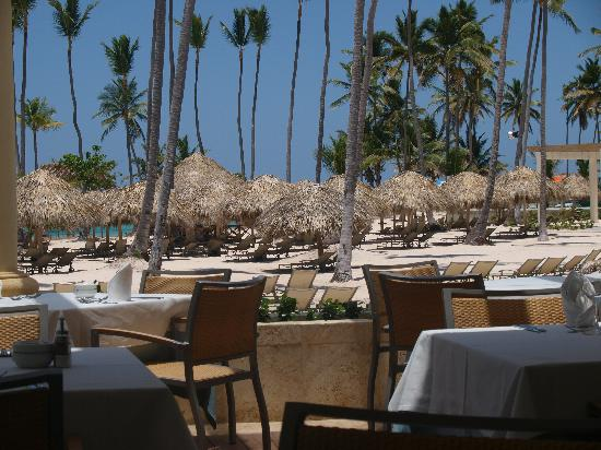 Iberostar Grand Hotel Bavaro: view from breakfast