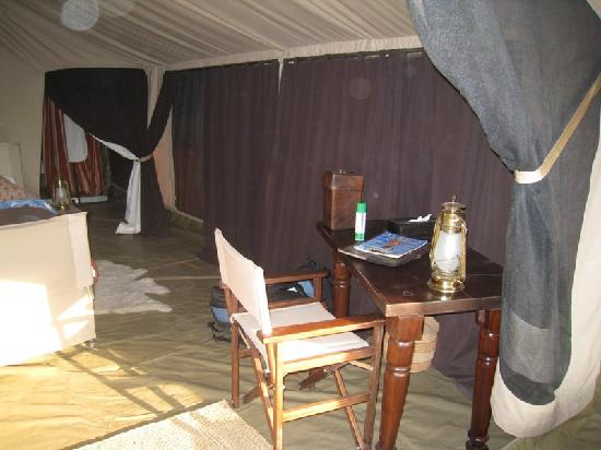 Olakira Camp, Asilia Africa: Tent bedroom