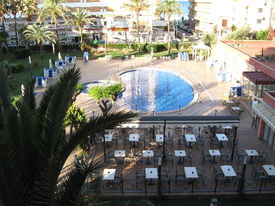 Hotel Helios Mallorca : piscine et terrasse