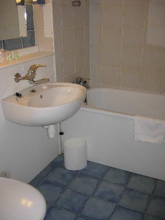 Campanile Strasbourg Sud - Illkirch Geispolsheim : salle de bain