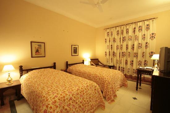 Hotel Thar Vilas : SWIMMING POOL