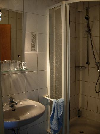 Hotel Rheintal : salle de bain