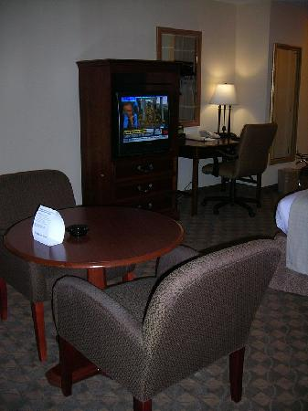 Holiday Inn Reno-Sparks: Room View 4