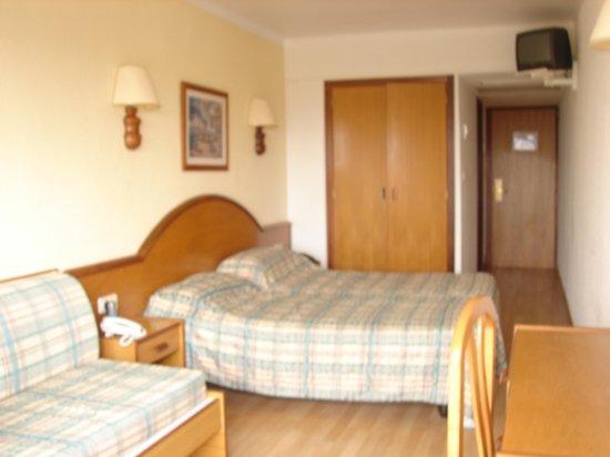 Сан-Лоренсо-дес-Кардассар, Испания: Room