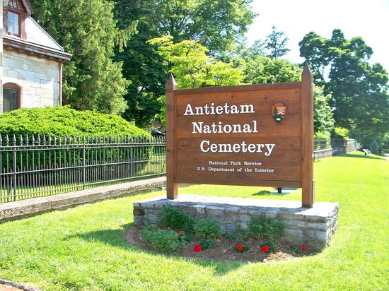 ‪Antietam National Cemetery‬