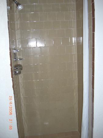 San Simeon Lodge: La ducha