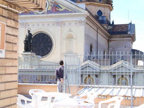 i balconi e la terrazza - Picture of Casa Maria Immacolata, Rome ...
