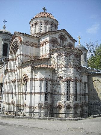 Zaliv Hotel : The Byzantine Church in Kerch
