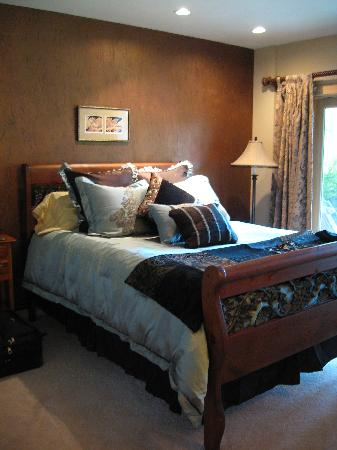 The Master Suite Bed and Breakfast: The bedroom