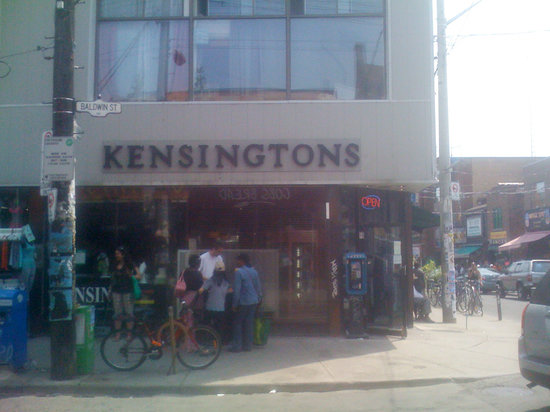 Kensington Market and Spadina Avenue: Great place to escape the crowds