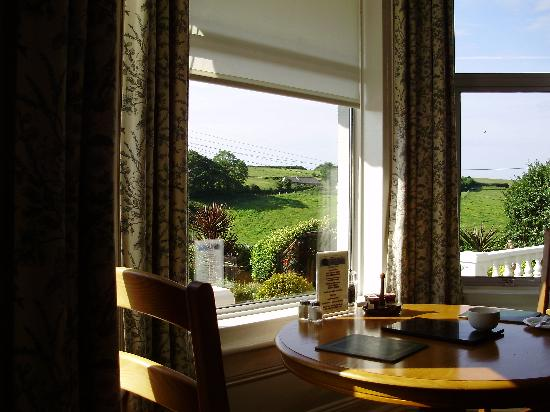 Elmswood House: Breakfast room