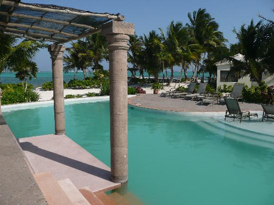La Perla Del Caribe: cool pool