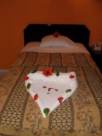 Beirut Hotel: Room