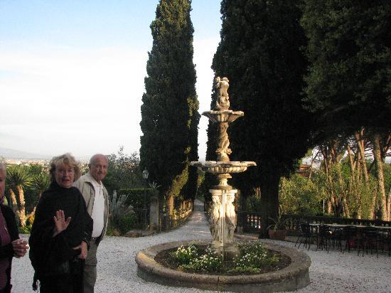 Villa Pasquini: entrance