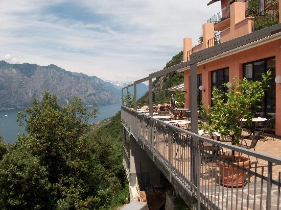 Panorama Residence Hotel: La terrazza del bar e prima colazione