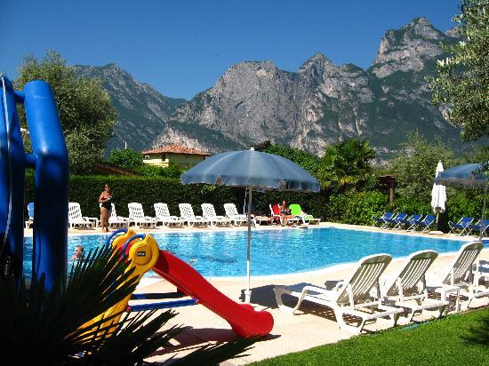 Hotel Villa Verde: Piscina 1