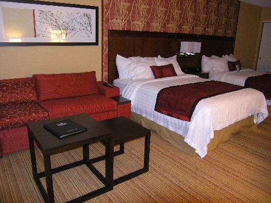 Courtyard Bangor: The room with pull-out sofa