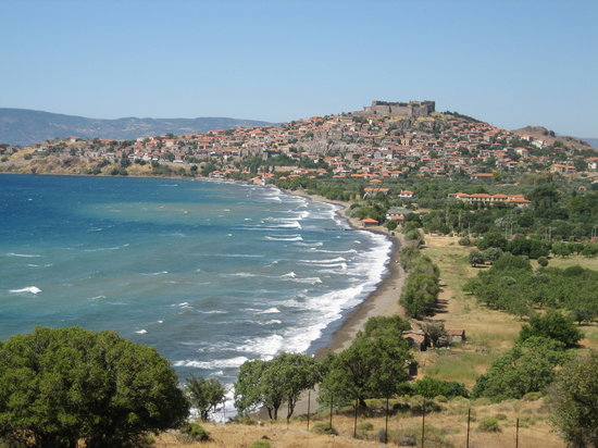 Molyvos (Metimna), Grecia: Probably the most photographed view of Molyvos.