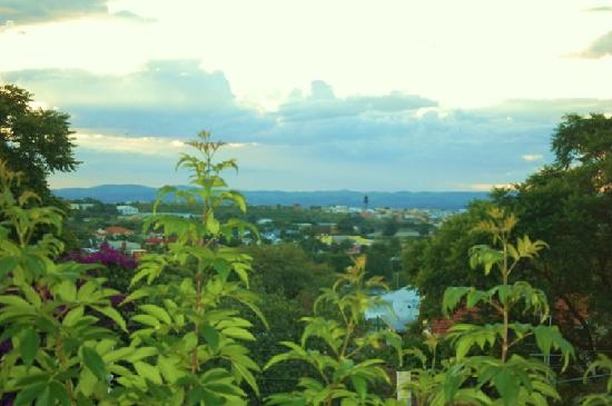 Tamboti Guest House: Tamboti Blick auf Windhoek