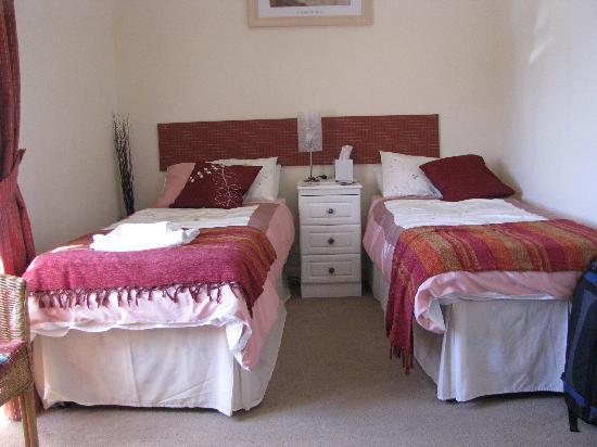 Craig Holm Guest House : Triple room