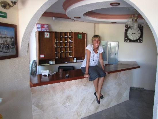 Condohotel Maya Pakal: Lara la proprietaria
