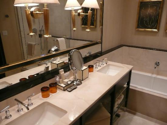 Bathroom In Tower Suite Picture Of Encore At Wynn Las
