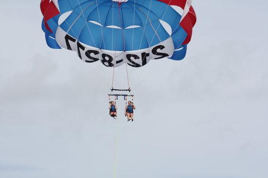 Parasailing & Paralayang
