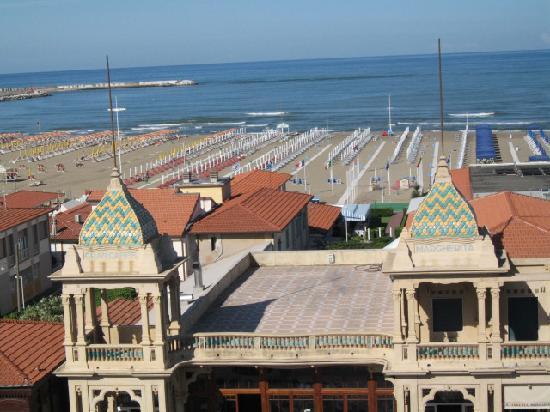 Plaza e De Russie Hotel: Vue de la terrasse